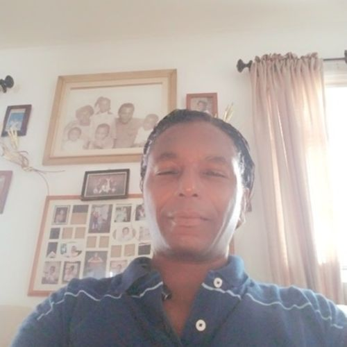 House Sitter Provider RayShawn Pierce-Lewis's Profile Picture