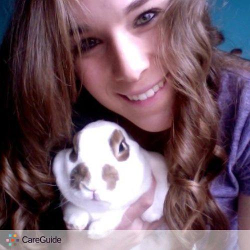 Pet Care Provider Elyse H's Profile Picture
