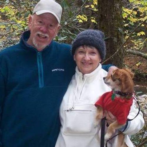 Pet Care Provider Myra Lovett's Profile Picture