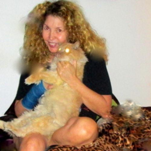 House Sitter Provider Amanda H's Profile Picture
