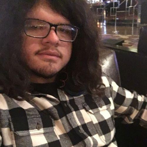 Pet Care Provider Darrell Rodriguez's Profile Picture