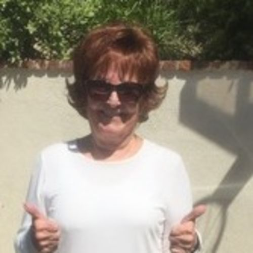 House Sitter Provider Linda McIntosh's Profile Picture