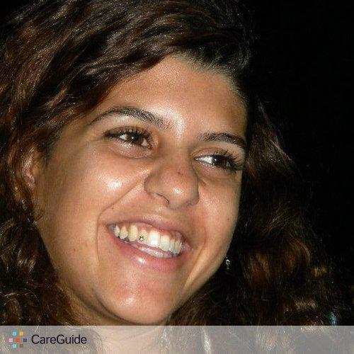 Writer Provider Raguia M's Profile Picture