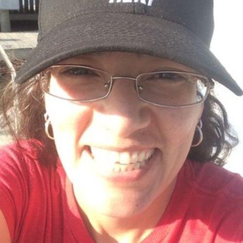 Pet Care Provider Laura Cruz's Profile Picture