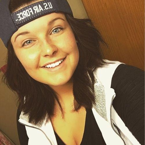 House Sitter Provider Mikayla M's Profile Picture