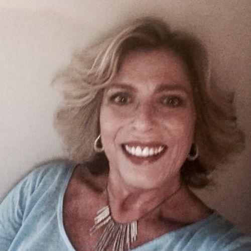 House Sitter Provider Maureen Davis's Profile Picture