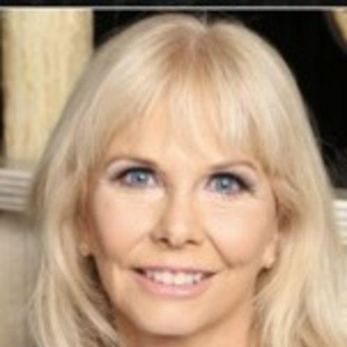 House Sitter Provider Suzanne F's Profile Picture