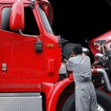 Heavy duty diesel truck repair mechanic