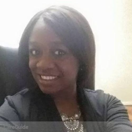 House Sitter Provider Joelle Mulowayi's Profile Picture