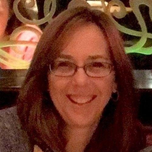 House Sitter Provider Andrea F's Profile Picture