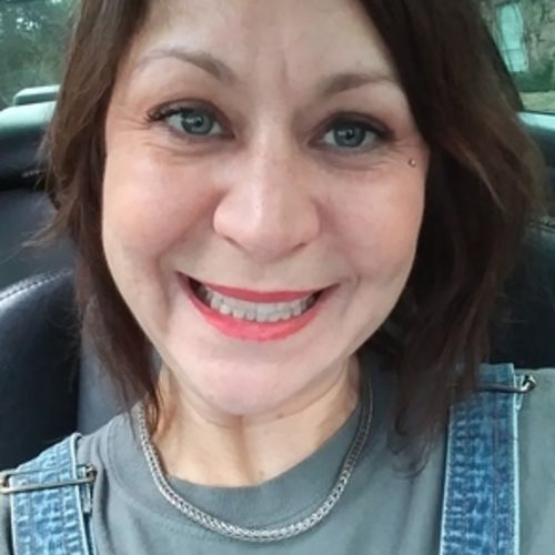 House Sitter Provider Mitzi O's Profile Picture