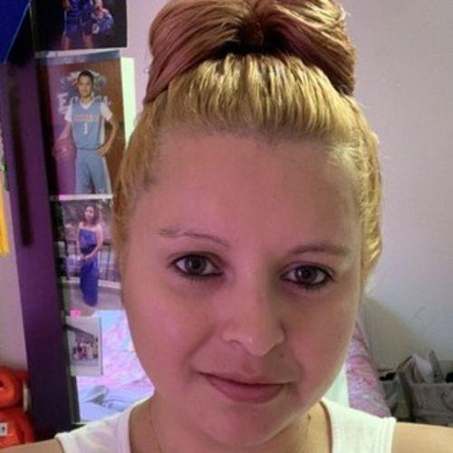 House Sitter Provider Olivia L's Profile Picture