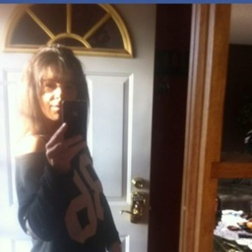 Housekeeper Provider Natasha Yews's Profile Picture
