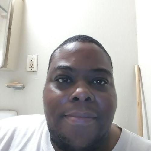 House Sitter Provider Da'von C's Profile Picture
