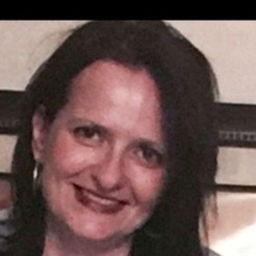 House Sitter Provider Julia Bush's Profile Picture