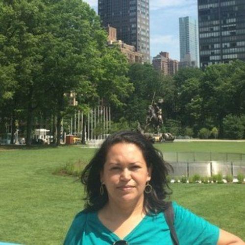 Housekeeper Provider Ara Alba's Profile Picture