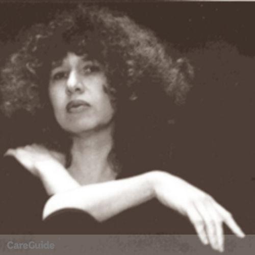 Canadian Nanny Provider Irene Kudish's Profile Picture