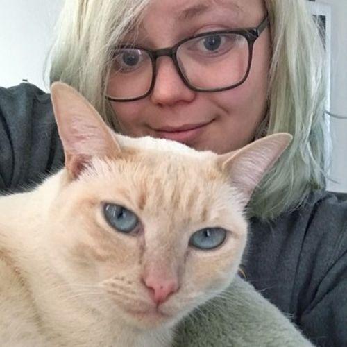 Pet Care Provider Aeryka D's Profile Picture