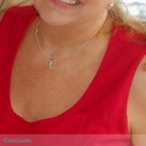 Canadian Nanny Provider Coline Bettson's Profile Picture