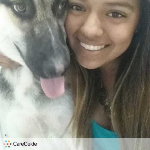 Pet Care Provider Reyna Quinones's Profile Picture