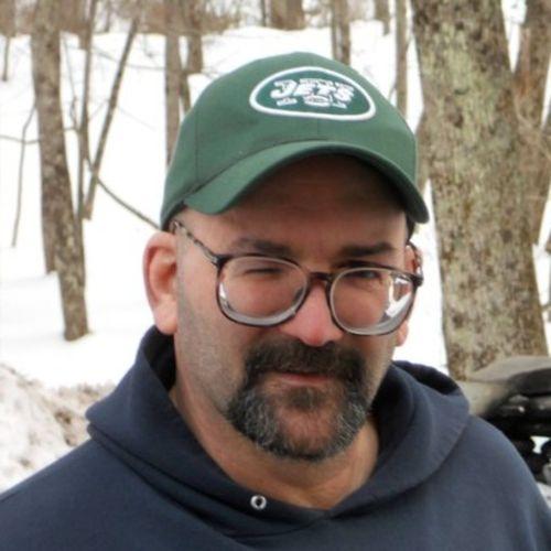 House Sitter Provider Daniel Allende's Profile Picture