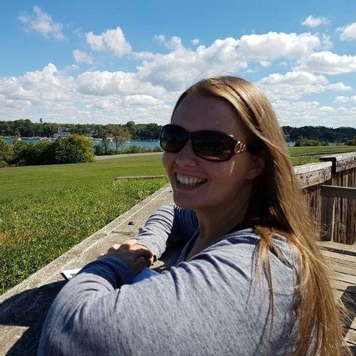 Canadian Nanny Provider Veronica Reid's Profile Picture