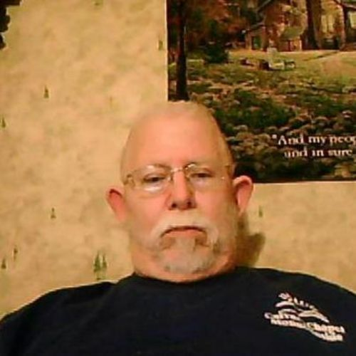 House Sitter Provider Russell Corns's Profile Picture