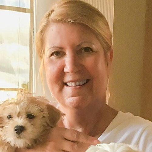 Pet Care Provider Maggie Horne's Profile Picture