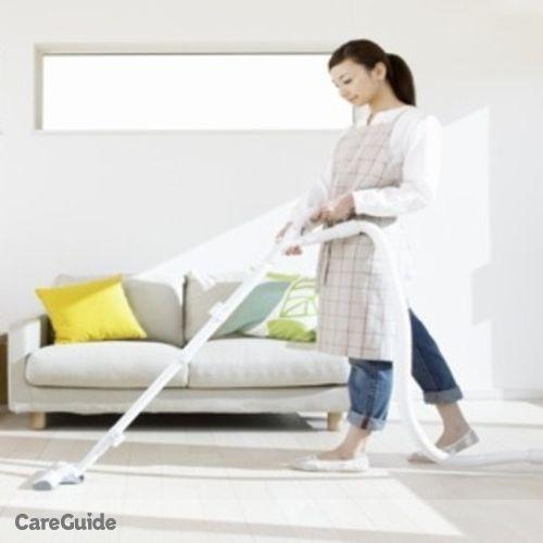 Housekeeper Provider Ari Bil's Profile Picture