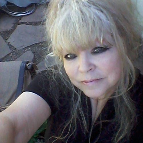 Housekeeper Provider Carol Schlittenhart's Profile Picture