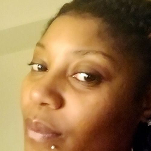 Housekeeper Provider Janaiya Hollinshed's Profile Picture