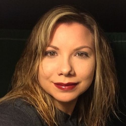 House Sitter Provider April Weldon's Profile Picture
