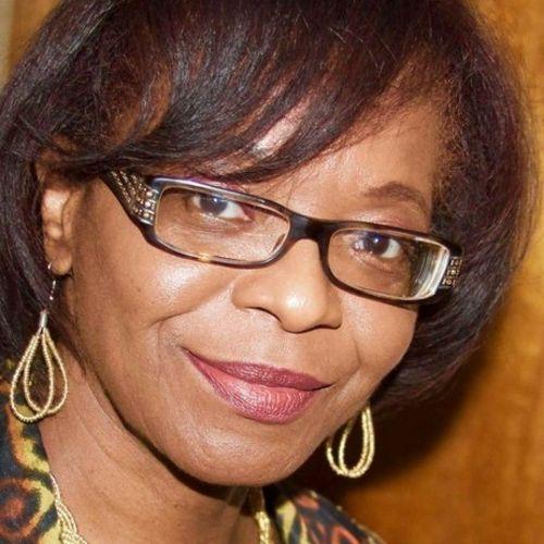 House Sitter Provider Alicia E's Profile Picture