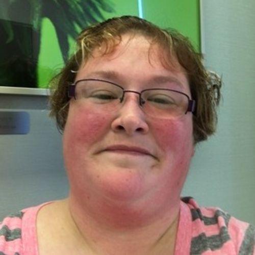 Pet Care Provider Linda Barney's Profile Picture