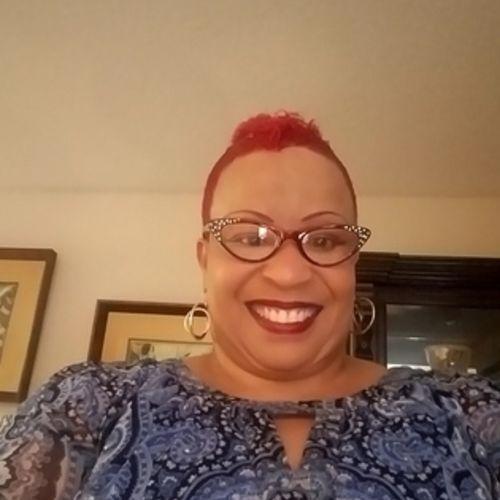 Elder Care Provider Sharon M's Profile Picture