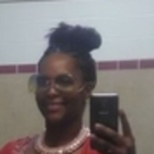 Housekeeper Provider April Walker's Profile Picture
