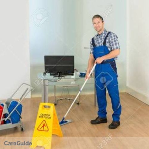 Housekeeper Provider Rafael Ceballos's Profile Picture