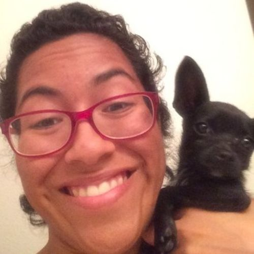 House Sitter Provider Alexia Arias's Profile Picture