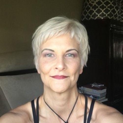 Pet Care Provider Cynthia W's Profile Picture