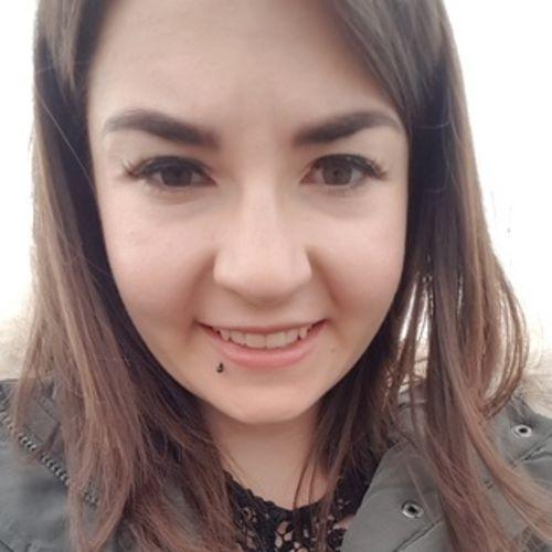 Housekeeper Provider Rebeca Klassen's Profile Picture