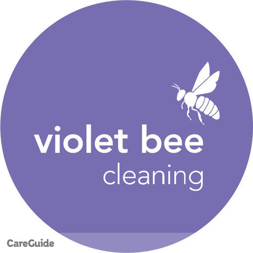 Housekeeper Provider Violet Bee Cleaning's Profile Picture