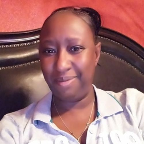 Housekeeper Provider Kyshia Grier's Profile Picture