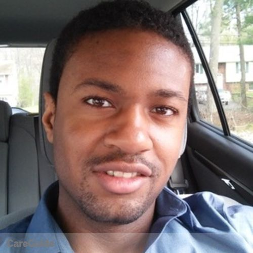 Housekeeper Provider Derik Ware's Profile Picture