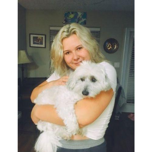 Pet Care Provider Taryn Marwick's Profile Picture