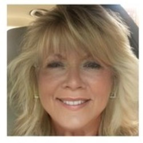 House Sitter Provider Kim Gongola's Profile Picture