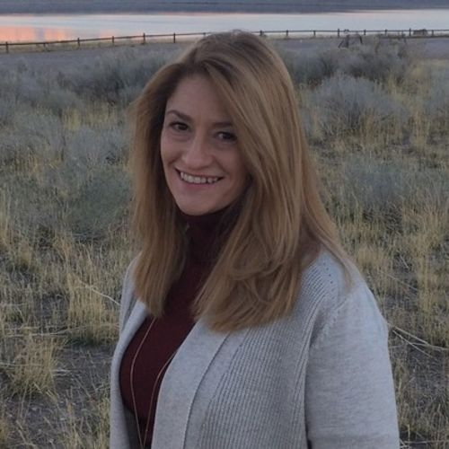 House Sitter Provider Amber R's Profile Picture