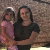 Babysitter, Nanny in Hendersonville