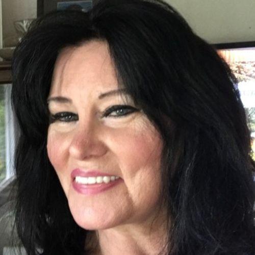 House Sitter Provider Elizabeth D's Profile Picture