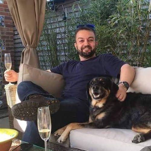 House Sitter Job John Halliday's Profile Picture