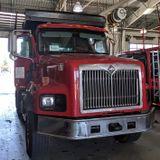 Tri Axle Dump Truck For Hire